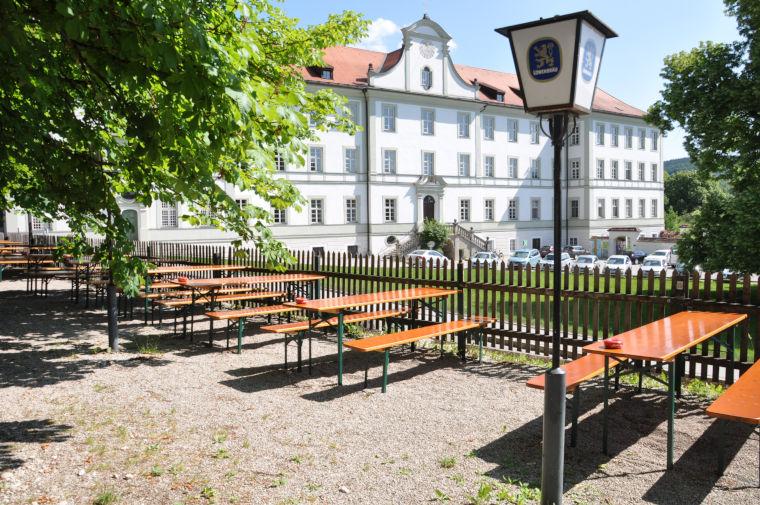 Biergarten des Gasthofs Klosterbräustüberl Schäftlarn